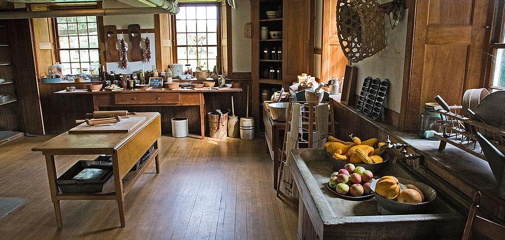 The History & Evolution of The Shaker Kitchen