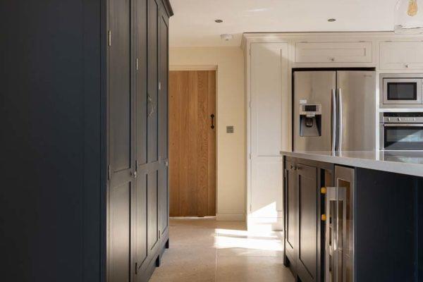 deerfold-cottage-kitchen-image-gallery-3