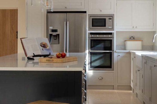 deerfold-cottage-kitchen-image-gallery-6