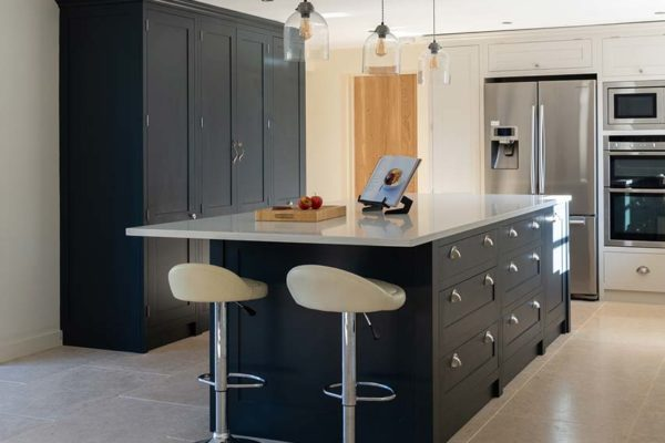deerfold-cottage-kitchen-image-gallery-7