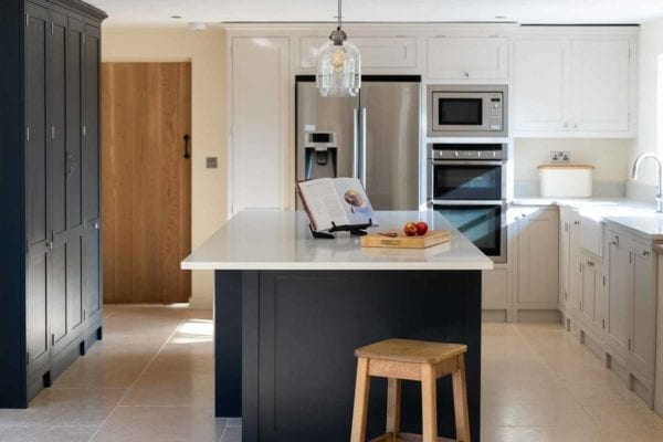 deerfold-real-cottage-kitchen-gallery-8
