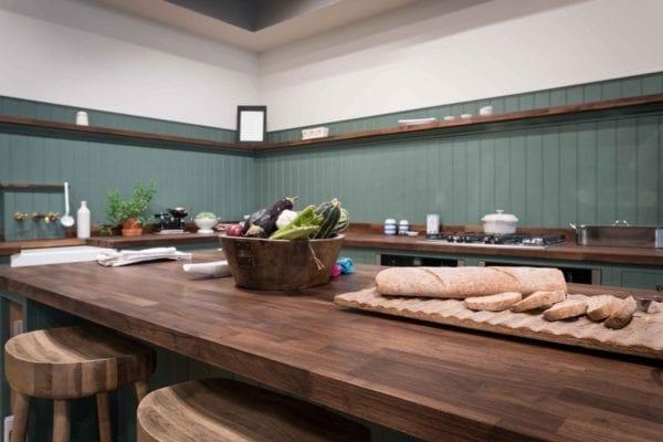 green-shaker-kitchen-hunter-image-7