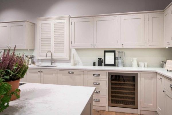 ivory-shaker-kitchen-parisian-image-1